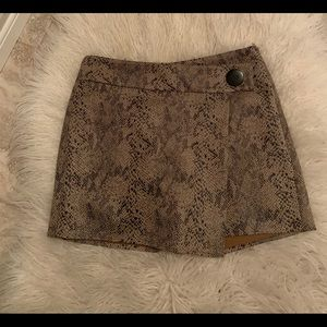 Zara last season skort size medium